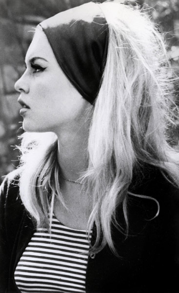 brigitte-bardot-retro-stripes